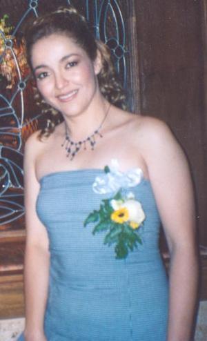 Idalia Padilla Flores, feliz es su despedida de soltera.
