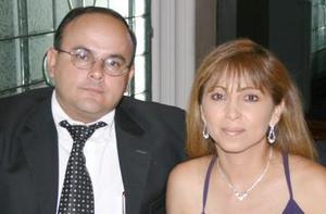 Alejandro Patiño y Argelia de Patiño.