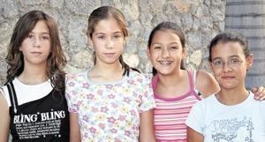 Mónica Arreola, Lorena Arreola, Luisa Estrada y Yolis Goray.