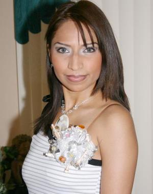 Alejandra Muñiz Castrellón, captada en su despedida de soltera.