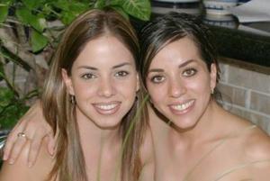 Lorena García y Ana Tere de Torres.