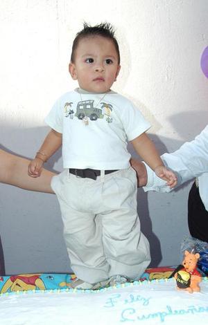 Jiovanni Jaciel Adame García festejó su primer año de vida, con un divertido convivio que le ofrecieron sus papás.