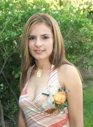 Lizeth Covarrubias Huízar disfrutó de una despedida de soltera, con motivo de su cercano matrimonio.