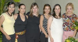Valeria Muñoz de García disfrutó de una fiesta de canastilla que le ofrecieron en honor del bebé que espera, sus amigas Susy Barrera, Leticia López, Marla Adriana de Juárez y Marisol de Padilla.
