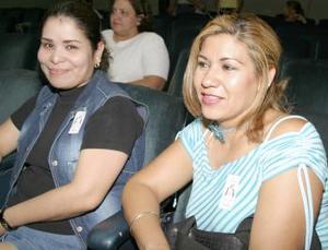 <i><u> 09 de julio</i></u><p>  Sandra  Dávila y Sandra Valenciano.