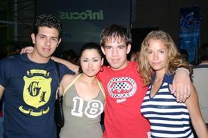 Carlos Castrellón, Lili Castrellón, Masaki Nakamichi y Alicia Casale
