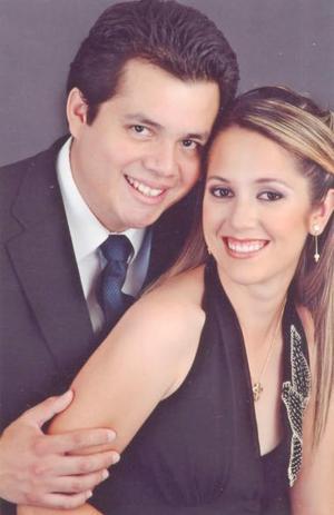 <u><i> 10 de julio </u></i><p>    Salvador Ruiz Fernández y Gabriela Salcido Moreno