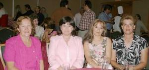 Érika del Río, Marcela de Amarante, Rosa Delia de Wong y Victoria Murra.