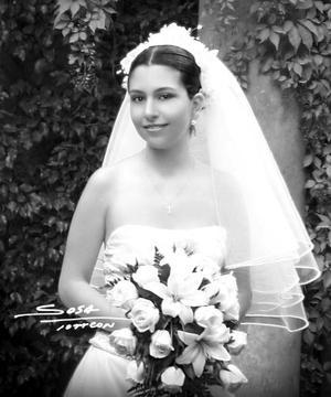 L.A.E. Martha Isabel Sánchez Salazar el día de su enlace nupcial con el C.P. Manuel Ricardo Fernández Marrujo  <p> <i>Estudio: Sosa</i>