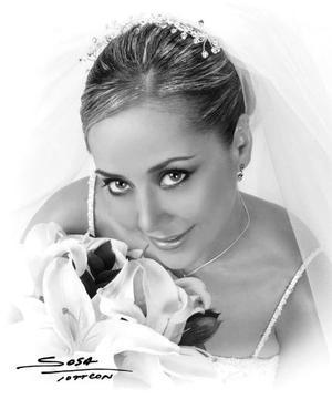 C.P. María Fernanda Jaime Rodríguez unió su vida en el Sacramento del matrimonio a la del Lic. Carlos Alberto de la Garza Benita  <p> <i>Estudio: Sosa</i>