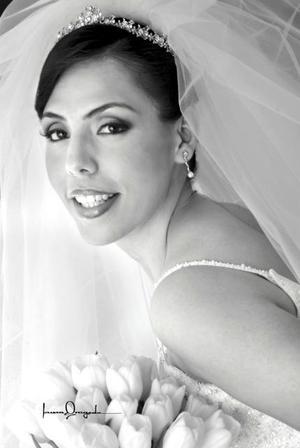 L.R.I. Nancy Ávalos Hernández unió su vida a la del Ing. Pedro Gerardo Guerrero Rodríguez <p> <i>Estudio: Laura Grageda</i>