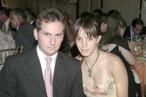 Pepe Chapoy y Ana Gaona