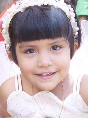 Anneliz Meléndez Arriaga cumplió tres años de edad y fue festejada por sus padres, Francisco Mélendez y Elizabeth Arriaga de Meléndez.