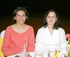 Diana Valles y Lety de Acosta.