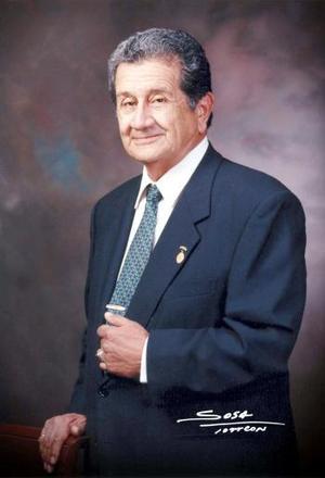 Ing. Juan manuel Rivera Prieto recibió el 15 de junio la primera medalla Altamirano en el Instituto Tecnológico de La laguna, por cuarenta años de servicio a la S.E.P.