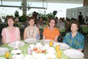 Covadonga de Villegas, Rosa María Cuellar de Hernández, Herlinda Murra de Jayme y María Luisa Baille