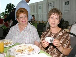 María Socorro Barajas y Gloria Rosales