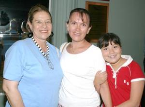 Maribel de García, Alma Reyes de Hernández y Alma Elisa