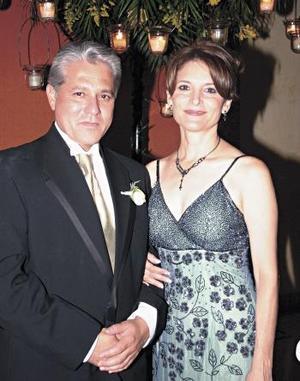 Edgardo Torres y Gaby Ledesma de Torres