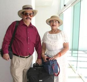 Micaela Macías de Jiménez e Ismael Jiménez viajaron a Cancún