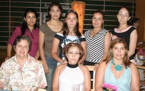 <i><u> 14 de julio</i></u><p>  Rosalinda de Cruz, Bety de Cruz, Gina Contreras, Diana Cárdenas, Abigaíl Puentes, Brenda Soriano, Cristina Arellano.