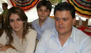 <i><u> 14 de julio</i></u><p>  Verónica Báez, Christoper Campos Báez y José Manuel Campos.