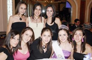 Érika Lozano, Sofía Quintanar, Ileana, Antrea Teele, Lili González, Daniela de la Fuente, Laura Valle y Mariana González.