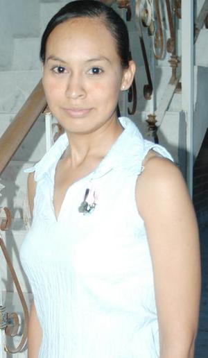 Brisa Ramírez Gaytán disfruto de una despedida de soltera, por su próxima boda con Israel Ignacio Paredes Castro.
