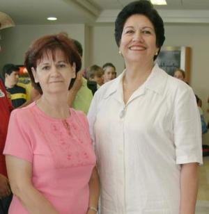 <u><i>15 de julio</i></u><p>  Tita Tamírez Campuzano y Ema de Mesta.