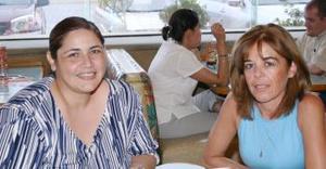 María Elena Sada y Mavis Ramírez.