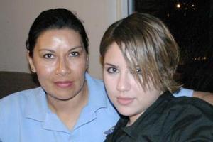 Jéssica Batres y Lupita Moreno.