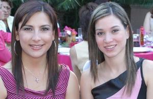 María Sofía Corrales y Ana Elisa Corrales y Ana Elisa V. de Fernández.