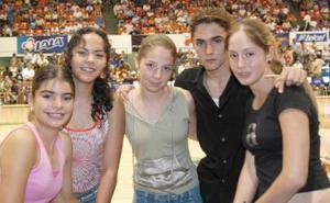 Agui Pereda, Andrea Serrano, Érika Lara, Ricardo Carreón y Pamela Ruiz.