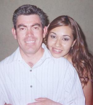 Alonso Ruiz González y Marcela Barrón Monreal.