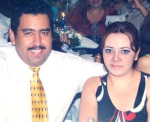 Rogelio Aranada López y Maribel Mireles Rentería.