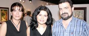 Elizabeth Espinoza, Laura Velázquez y Javier García.