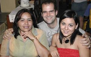 Rosy Escalera, Emmanuel Delaloy y Valeria C. de Delaloy.