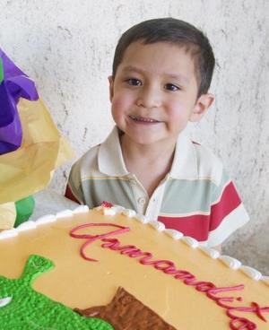 Armando Vázquez Morales, captado en la fiesta que le ofreció su mamá Yasmín Morales Pérez, por su cuarto cumpleaños.