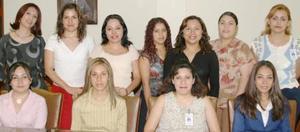 <i><u> 21 de julio</i></u><p>  Érika, Aracely, Yesema, Graciela, Irma, Graciela, Hortencia, Anilú, Cony, Luisa e Ivonne, secretarias de conocida tienda departamental.