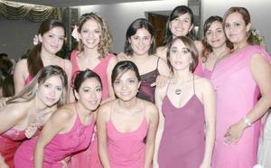 Julieta, Marcela, Yasmín, Mayela, Karla, Barbie, Lorena, Alejandra, Marcela, Cristina y Adriana, estuvieron presentes en la boda de Jorge y Cecilia.