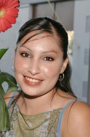 Martha Enriqueta Montoya Campos, captada en su despedida de soltera.