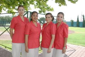 <i><u> 21 de julio</i></u><p>  Nancy Ceniceros, Susana Villarreal, Lily Archundia y Elizabeth Díaz, secretarias del club San Isisdro