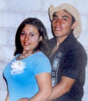 Julio César Gómez y Mónica Margarita Guerrero Orona.