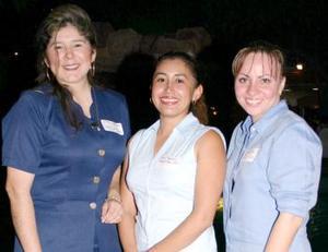 <i><u> 24 de julio</i></u><p>   Rocío Zapata, Érika Frausto González y Leyla Fahur Cervantes.
