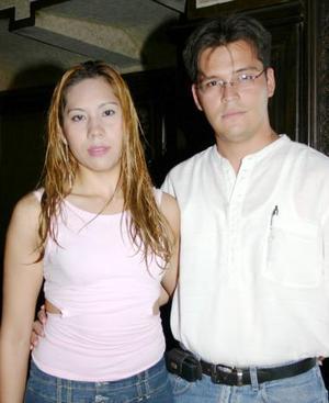 Sherley García y Ángel López.