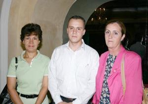 Lourdes Pacheco, Alejandro Luna y Martha Fernánde