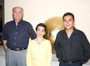 Romuldo Segovia, Blanca Bernal y Alfredo López.