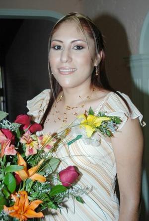<u><i> 25 de julio </u></i><p>  Sandra Rocío Martínez Pérez fue despedida de su soltería, con motivo de su cercano enlace nupcial..