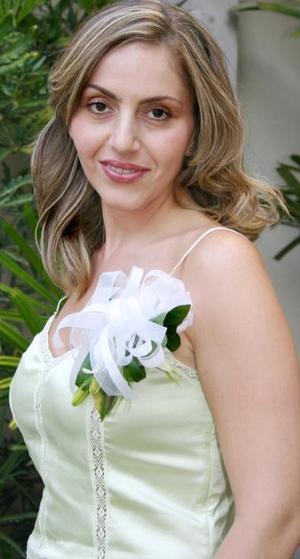Scarlett Abularach contrerá matrimonio el rpóximo 31 de julio y por tal  motivo, fue despedida de su vida de soltera.