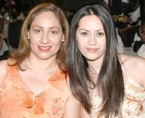 <i><u> 25 de julio</i></u><p>  Alicia Sofía Ganem y Carmen Macías de Galván.